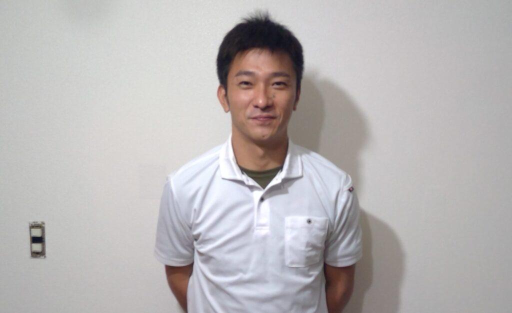 「上林 亮介 (かんばやし りょうすけ)」の顔写真
