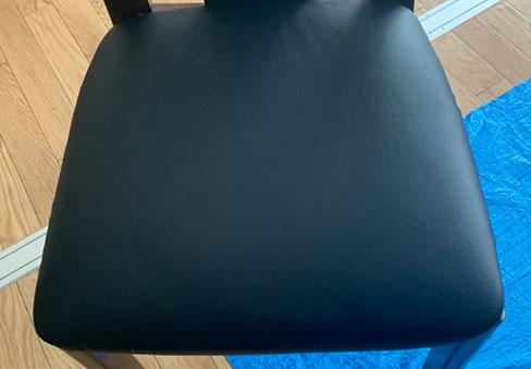「椅子生地の張替え」の施工後写真